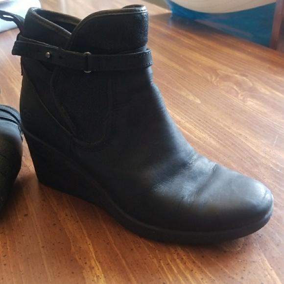 55754fd28b5 Ugg Emalie Womens Wedge Boots